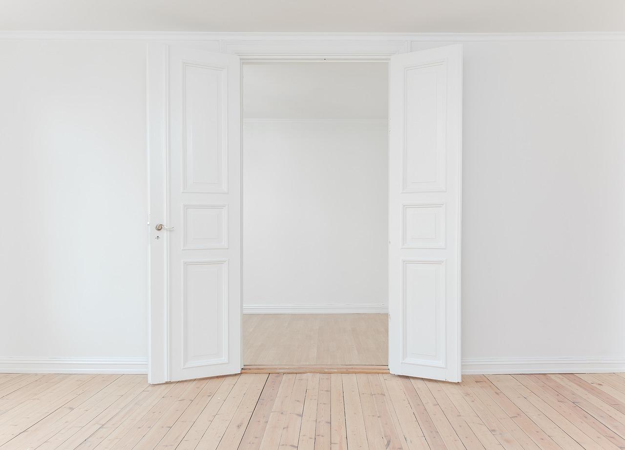 cuanto cuesta cambiar puertas interiores